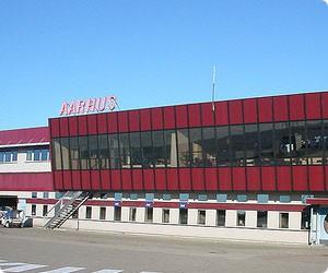 Biludlejning Aarhus Lufthavn - lej bil i Tirstrup Lufthavn - billeje Århus Budget