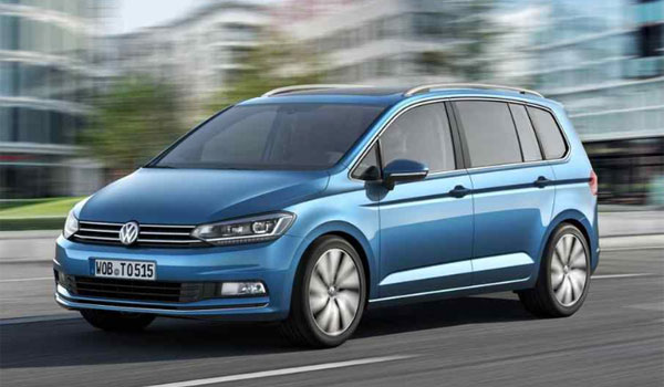 VW Touran rental